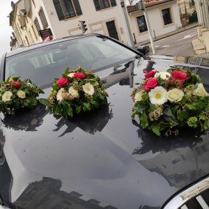 mariage fleurs voiture